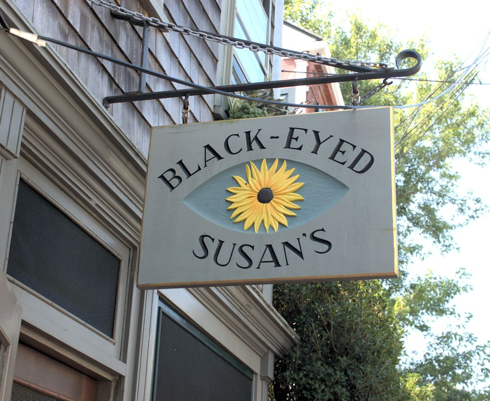 Black-Eyed Susan's continues toexcel