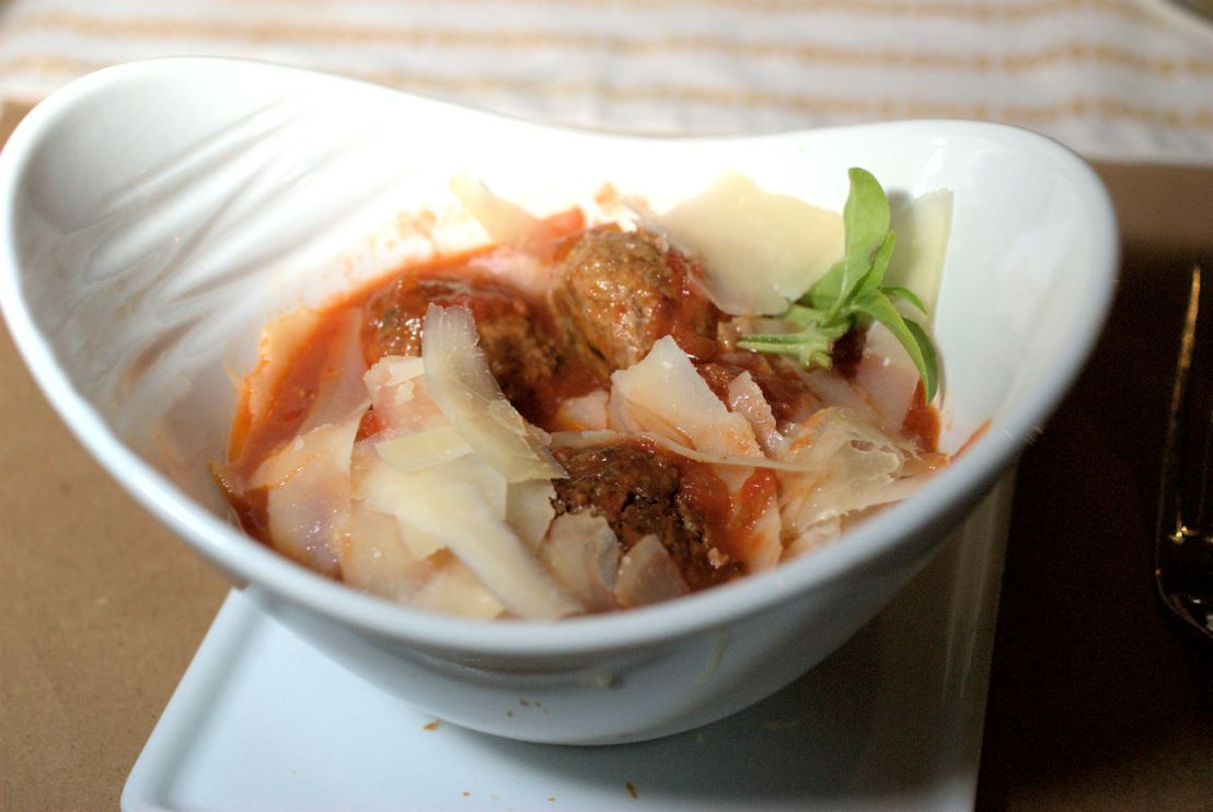 Ventuno: Nantucket elegant Italianrestaurant