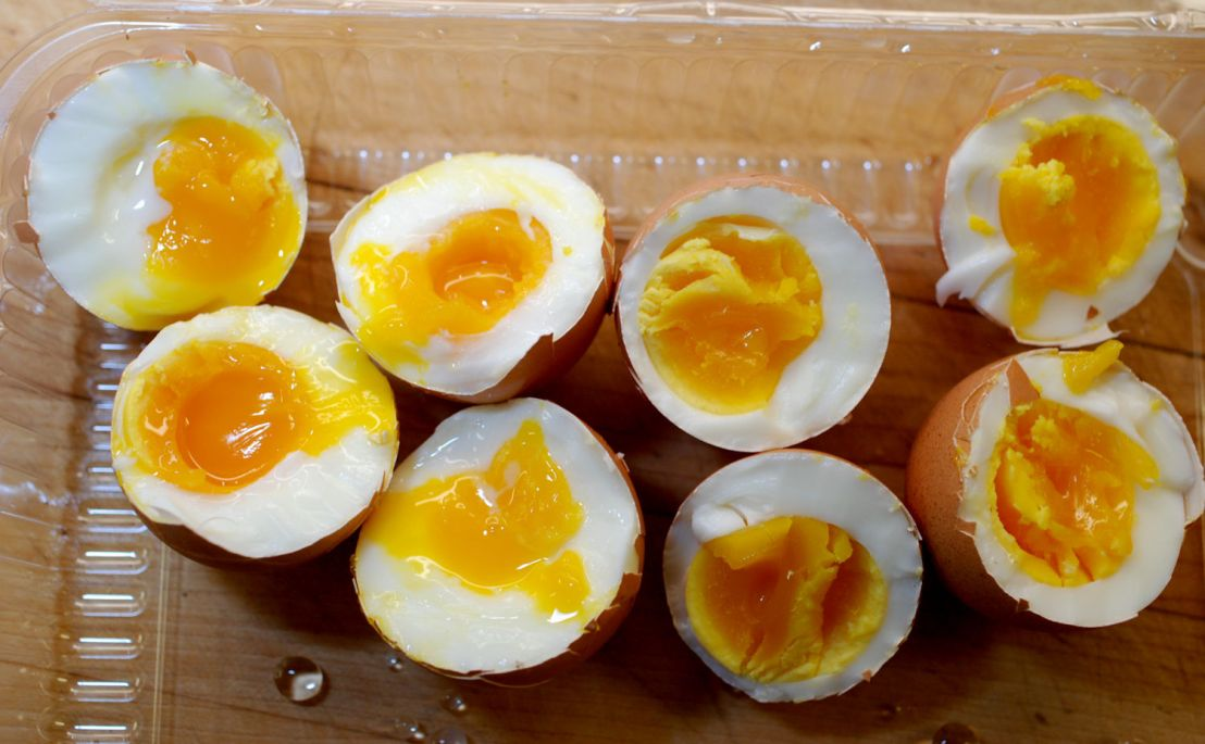 Soft-boiled eggs using a vegetable steamer