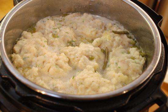 dumpllings-on-stew