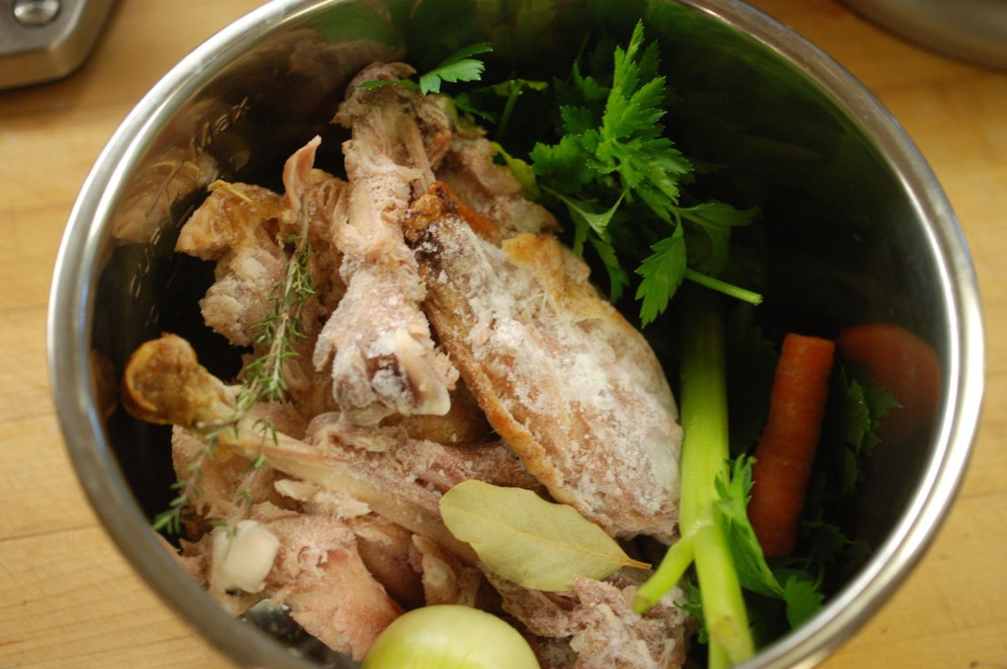 Turkey stock and hot turkey sandwiches