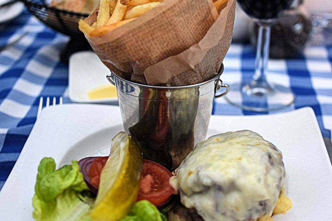 Le Languedoc: the Island's bestburger