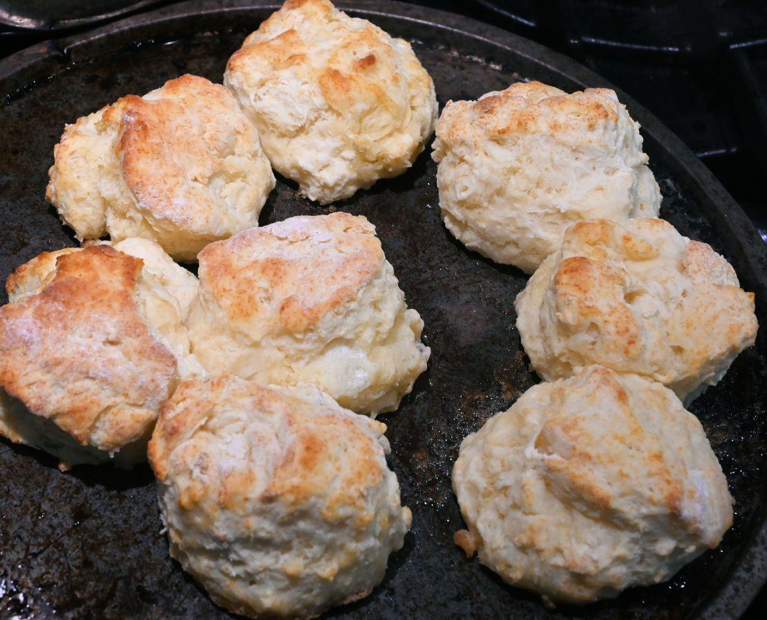 Buttermilk biscuits in 4minutes